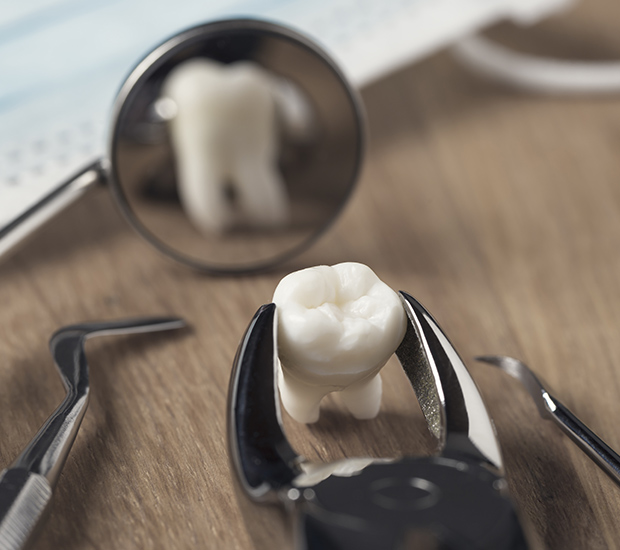 West Palm Beach When Is a Tooth Extraction Necessary